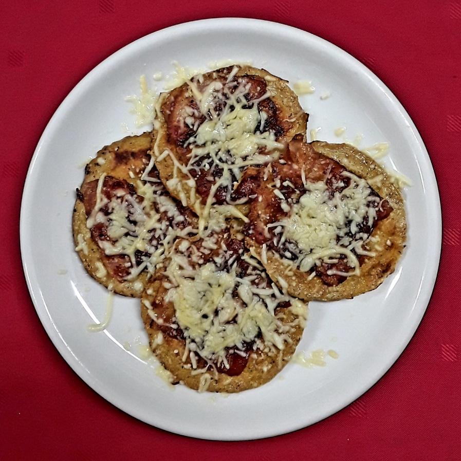 Kinderpannenkoek met spek en kaas